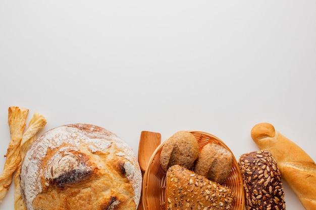 Variedade de pão e produtos de pastelaria