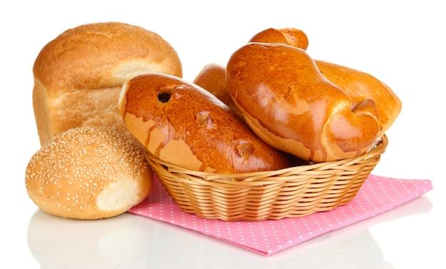 Variedade de pão isolado no branco