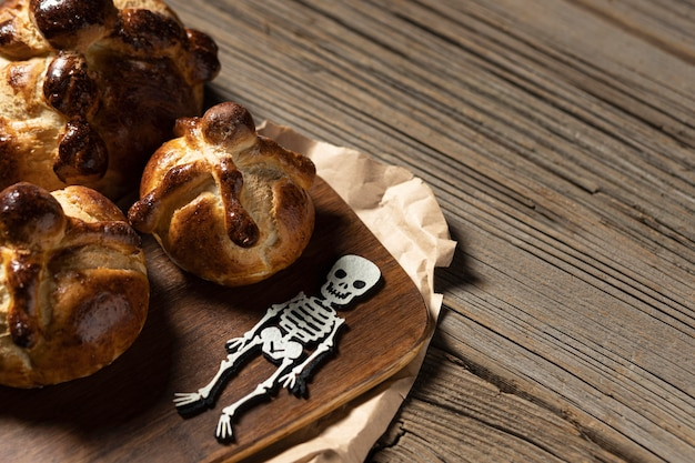 Variedade de pão tradicional de mortos