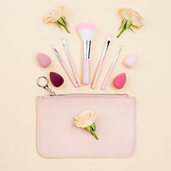 Variedade de produtos de beleza plana leigos plana