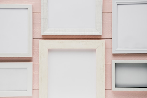 Variedade de quadros brancos minimalistas