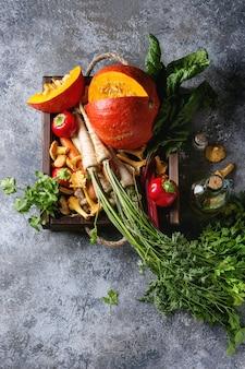 Variedade de vegetais de colheita de outono