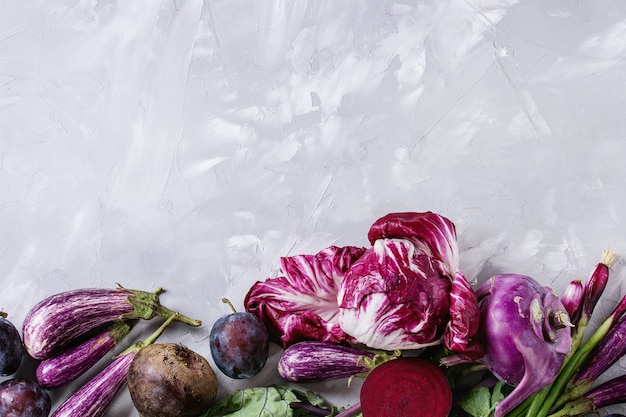 Variedade de vegetais roxos