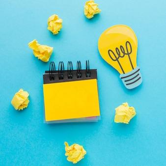 Variedade de vista superior com elementos de inovação