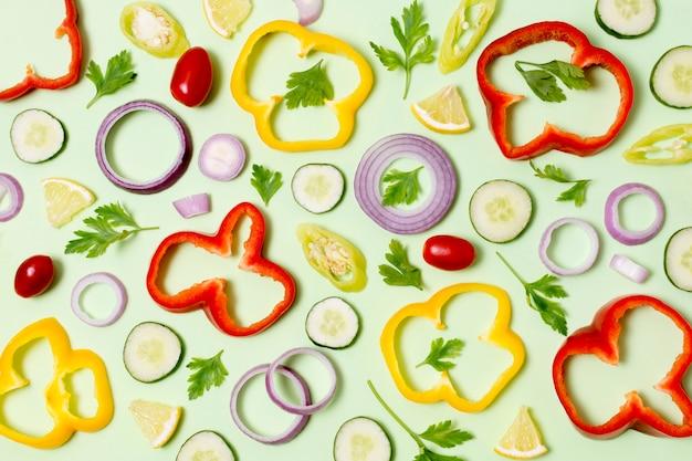 Variedade de vista superior de legumes frescos