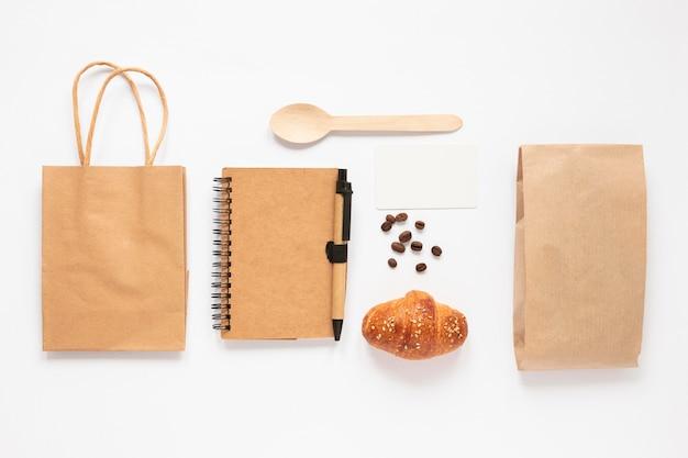 Variedade minimalista de marcas de café