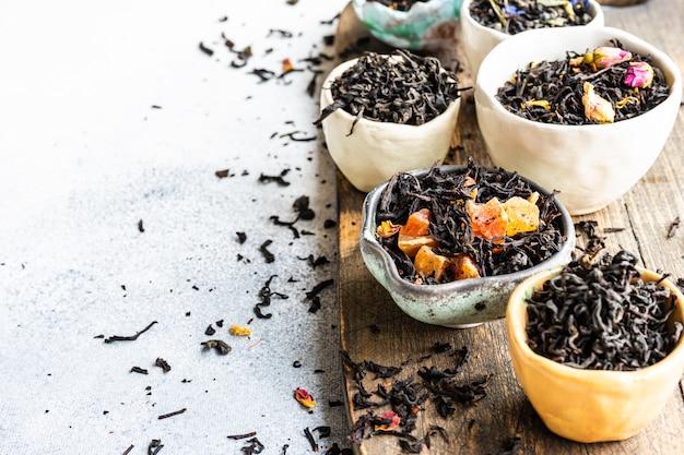 Variedades de chá em pedra