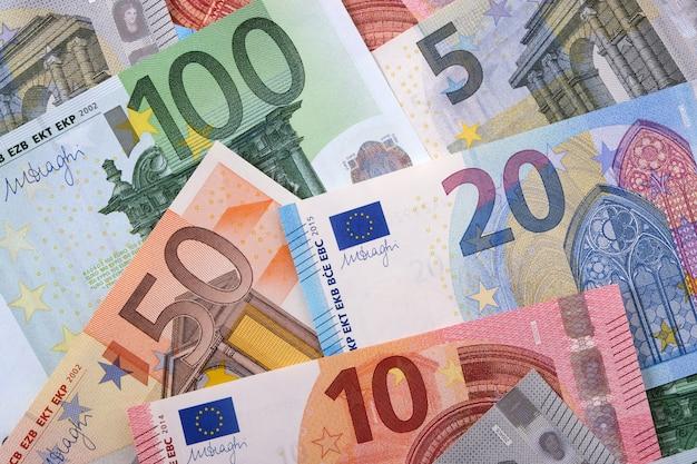 Vários diferentes euros fundo