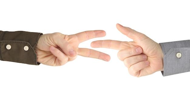Vários gestos de mãos masculinas entre si em um branco