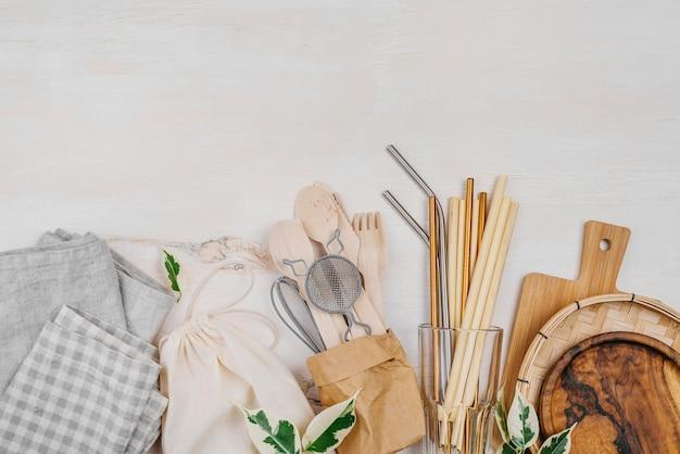 Vários objetos encontrados em uma despensa