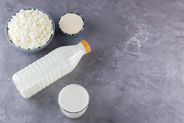 Vários produtos lácteos. laticínios saudáveis