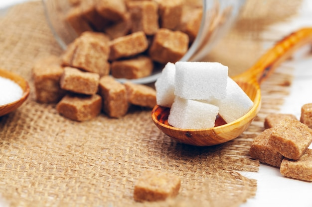 Vários tipos de açúcar