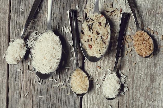 Vários tipos de arroz