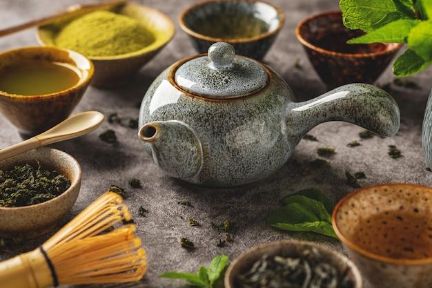 Vários tipos de chá verde, bebida saudável, cerimônia do chá, close-up