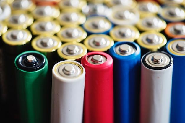 Vários tipos de fundo de bateria alcalina