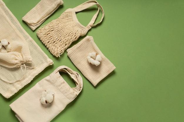 Vários tipos de sacolas ecológicas