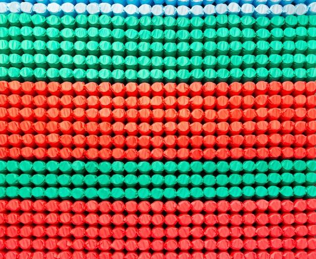 Vedação do colchão com tecido colorido