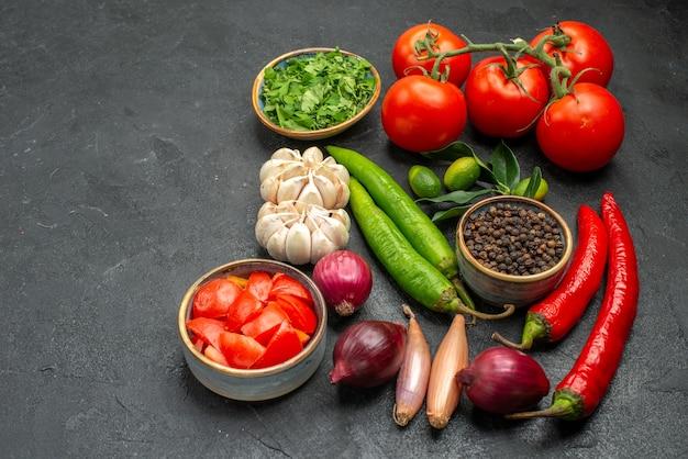 Vegetais tomates pimenta pimenta alho ervas cebola especiarias frutas cítricas