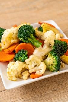 Vegetal de mistura frito