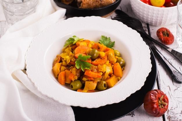 Veggies, guisado, com, abóbora, e, cenoura
