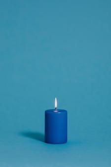 Vela azul em azul