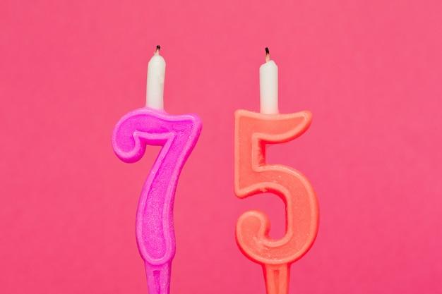 Vela de aniversário de cera colorida
