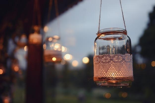 Vela de frasco de pedreiro pendurado para decoração de casamento