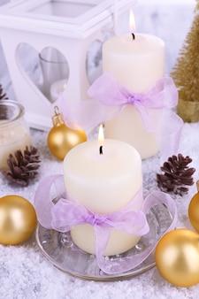 Velas de natal com decoração de natal