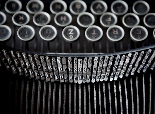 Velha máquina de escrever