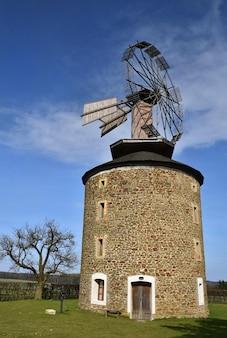 Velho moinho de vento