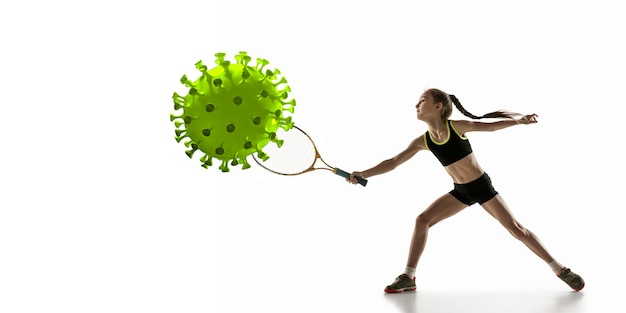Vença a doença. esportista tênis chutando, socando coronavírus, conceito de proteção e tratamento. tratamento do coronavírus chinês. cuidados de saúde, medicina, esporte e atividade durante a quarentena. folheto.
