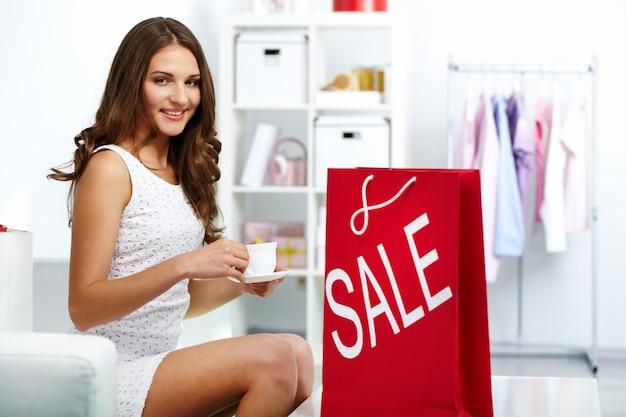 Venda comprar pessoa preço shopaholic