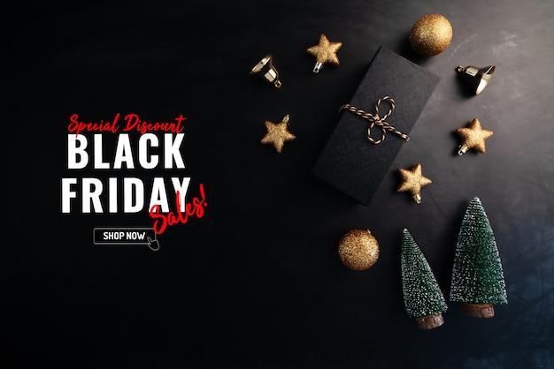Venda de sexta-feira preta com caixa de presente e decoração de natal