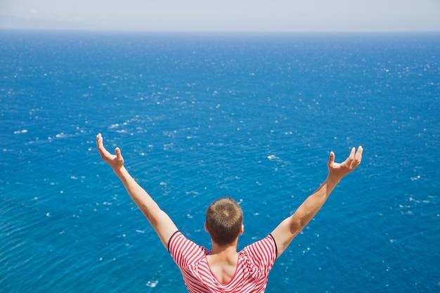 Vendo oceano sem fim
