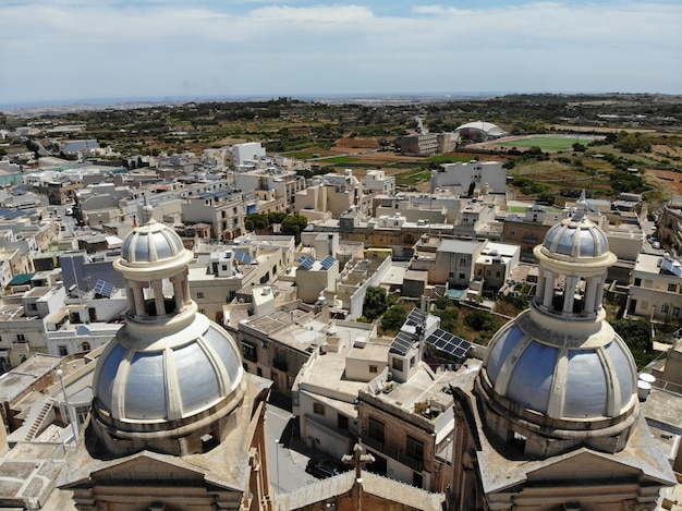 Ver os em malta, valletta de cima. oceano, castelo. fotografia de drone