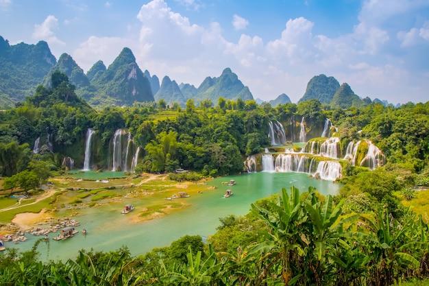Verão, água verde, luz solar, primavera, beleza