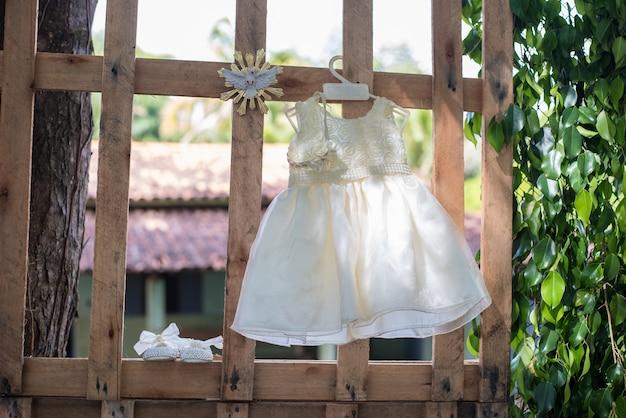 Vestido da menina do bebê - batismo