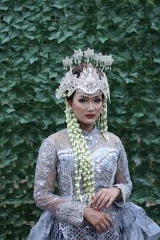 Vestido de noiva tradicional feminino de java