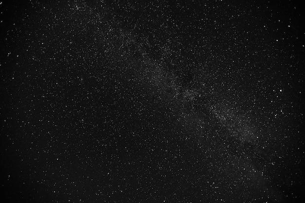 Via láctea do céu da noite estrelada.