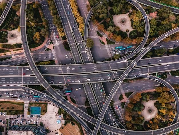 Viadutos para fotografia aérea em cidades chinesas modernas