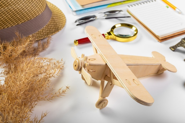 Viagens, férias de verão, turismo e objetos