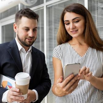 Videoconferência para trabalhadores de negócios