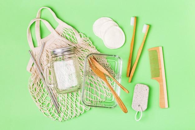 Vidraria, bolsa de algodão e artigos de higiene pessoal