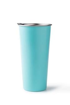 Vidro de água de alumínio azul isolado
