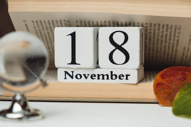 Vigésimo oitavo dia do mês de outono calendário de novembro.