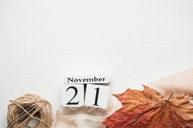 Vigésimo primeiro dia do mês de outono calendário de novembro