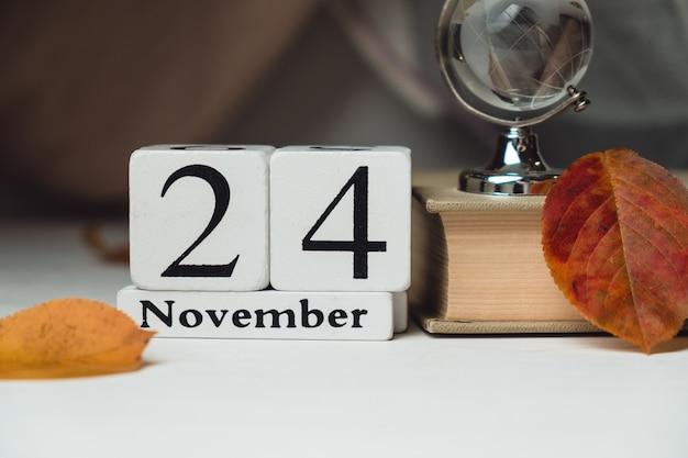 Vigésimo quarto dia do mês de outono calendário de novembro.