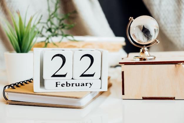 Vigésimo segundo dia do mês de inverno, calendário de fevereiro.