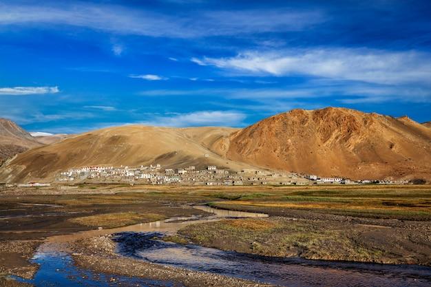 Vila korzok no lago tso moriri, ladakh