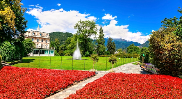 Villa taranto com belos jardins. lago maggiore, norte da itália